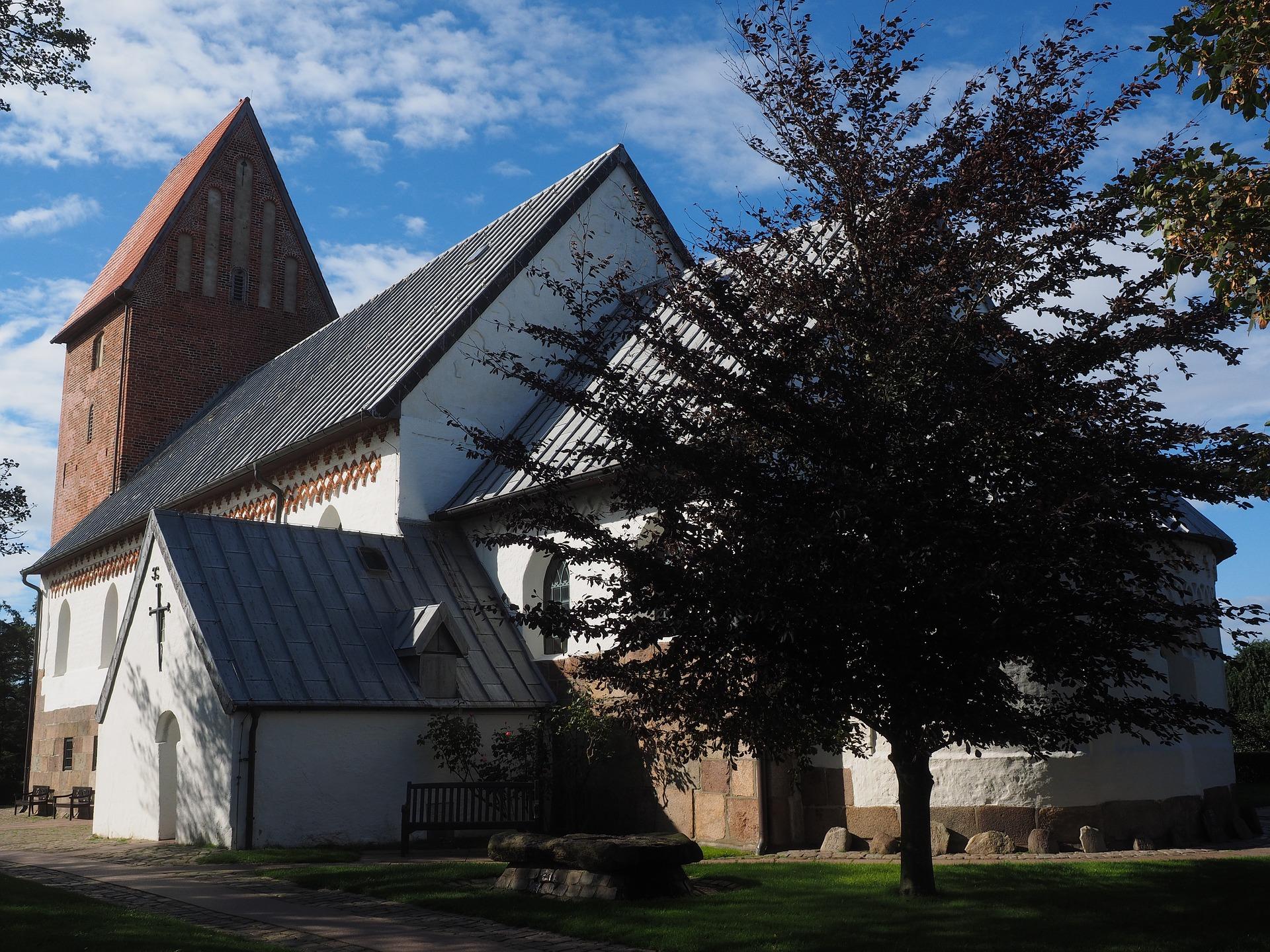 Der außergewöhnliche Sakralbau der St. Severin Kirche auf Sylt