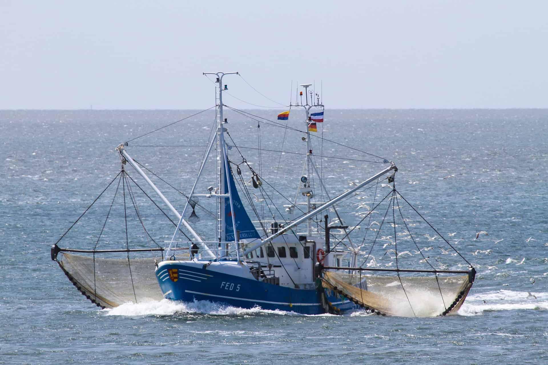 Krabbenkutter vor der Nordseeinsel Sylt