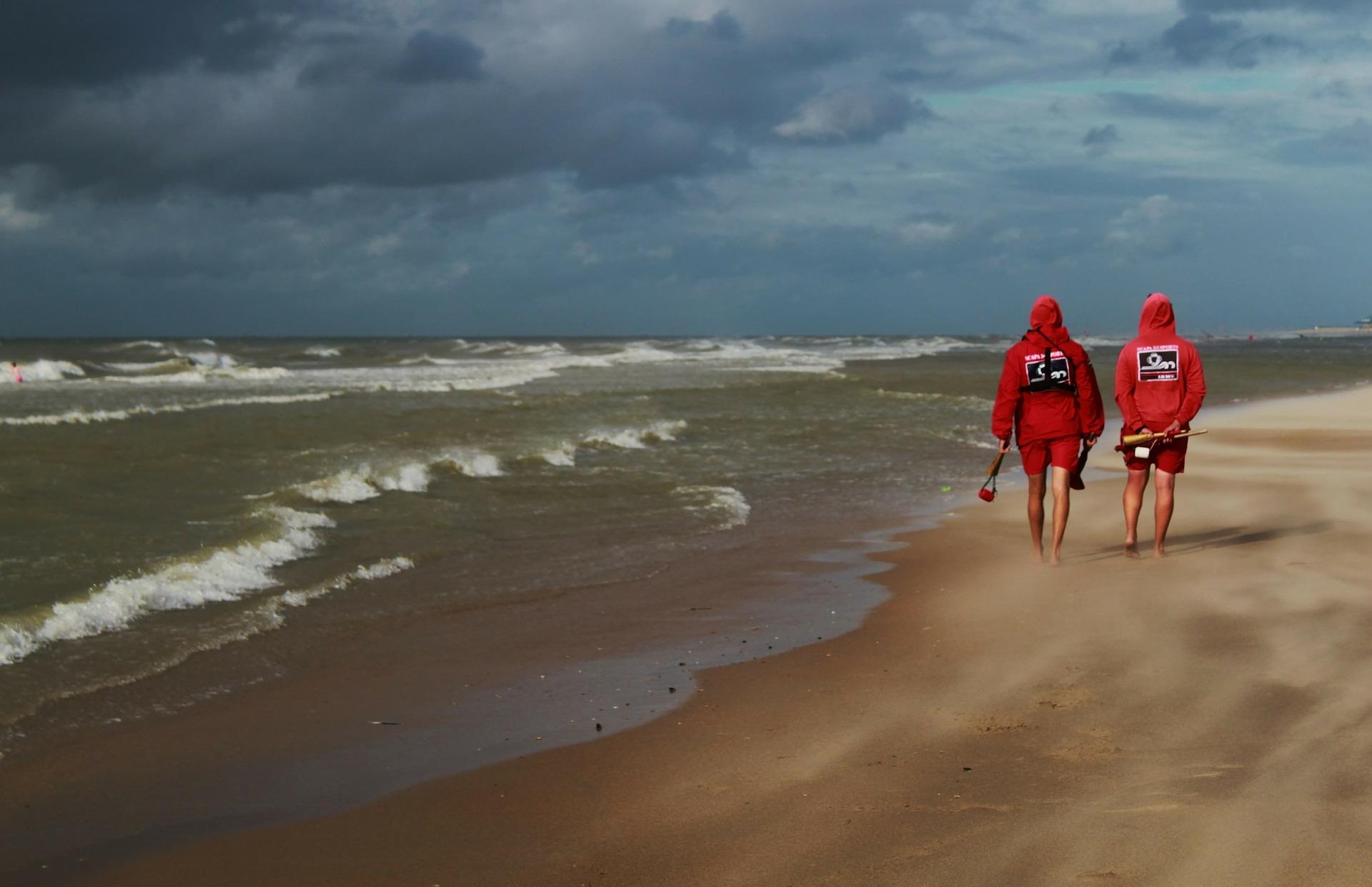 Wohltuender Strandspaziergang auf den Nordseeinseln